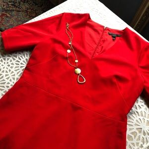 MAGGIE LONDON Dress SZ 12 Red/Rose.